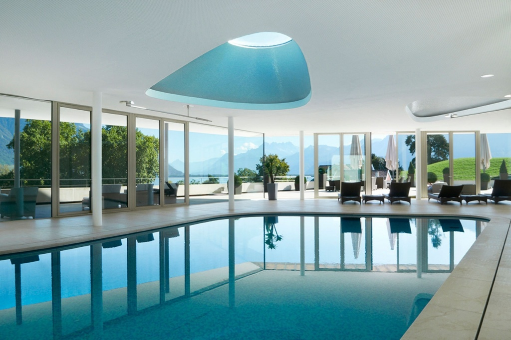 Clinique-La-Prairie-pool-montreux-switzerland-spa-guide-2014-conde-nast-traveller-13may14-pr.jpg