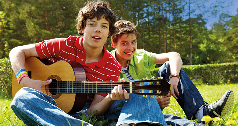 AH-M-Music-Boys-Guitar.jpg